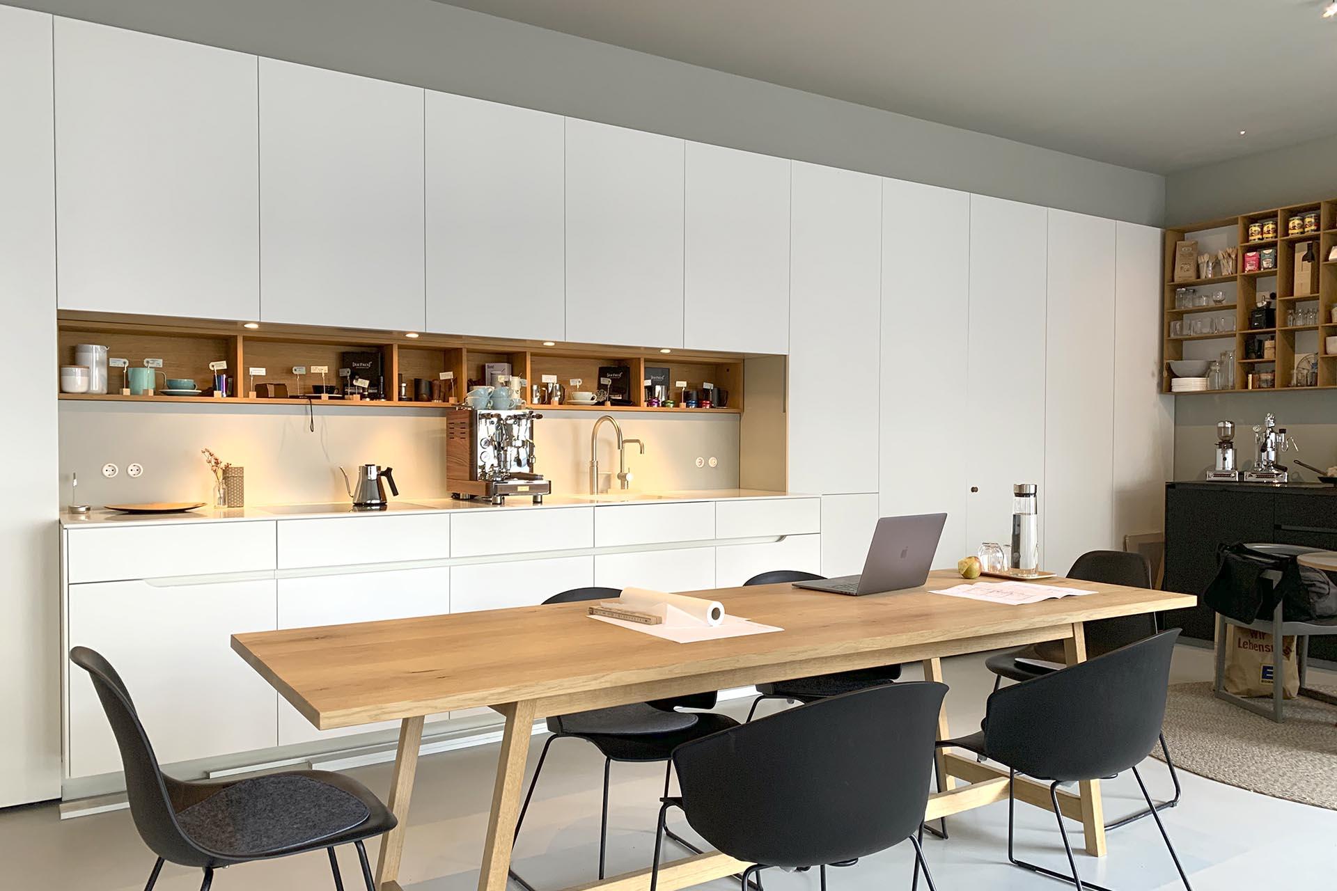 Masfina | Feine Küchen und Möbel auf Mass | Home Slider Image 011